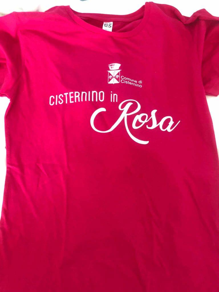 Passeggiata in rosa a Cisternino