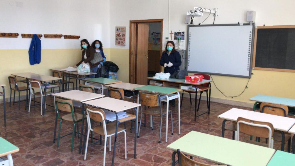 la scuola media di cisternino classe ripulita