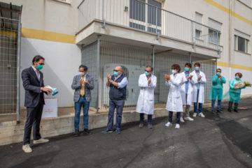 NastrificioMeridionale dona le maschetine alla casa della salute di Cisternino