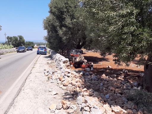 Incidente con trattore tra Cisternino e Fasano