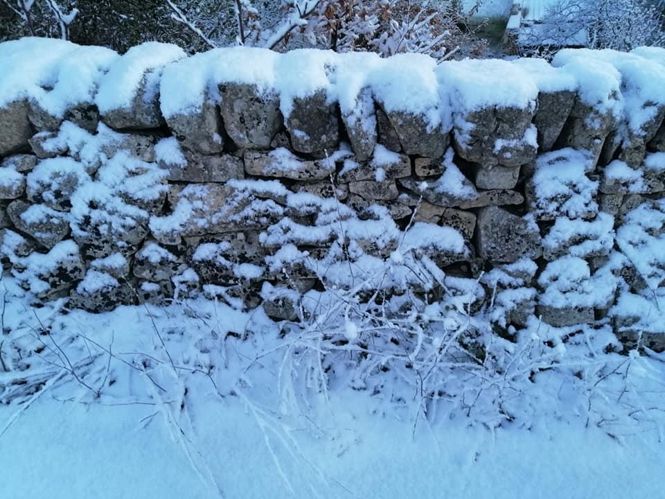 Freddo e neve anche a Cisternino